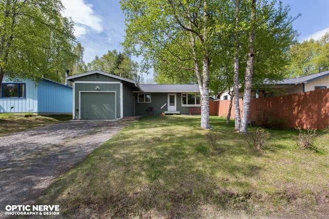 8118 Seaview Street, Anchorage, AK 99502 (MLS #20-10434) :: Roy Briley Real Estate Group