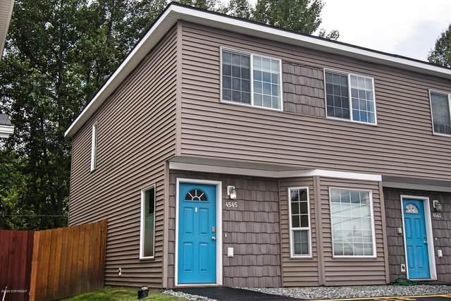 4545 Campbell Park Loop, Anchorage, AK 99507 (MLS #20-10567) :: Roy Briley Real Estate Group