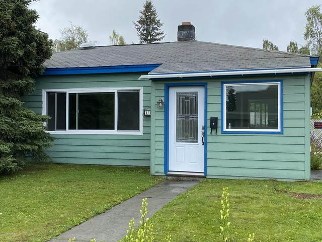 1112 W 11th Avenue, Anchorage, AK 99501 (MLS #20-12344) :: Wolf Real Estate Professionals
