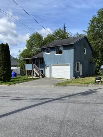 915 Lincoln Street, Ketchikan, AK 99901 (MLS #20-12396) :: Synergy Home Team