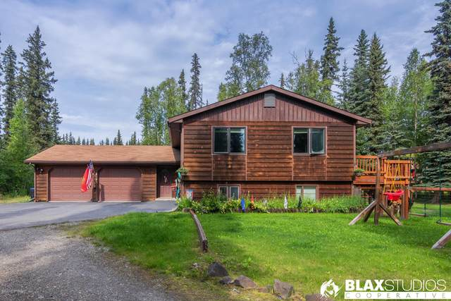 523 N Evolyn Drive, North Pole, AK 99705 (MLS #20-12412) :: RMG Real Estate Network | Keller Williams Realty Alaska Group