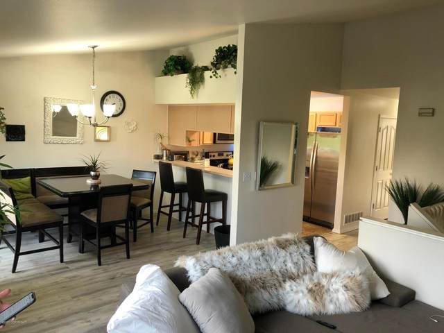 7029 Fairweather Park Loop, Anchorage, AK 99518 (MLS #20-12694) :: Wolf Real Estate Professionals