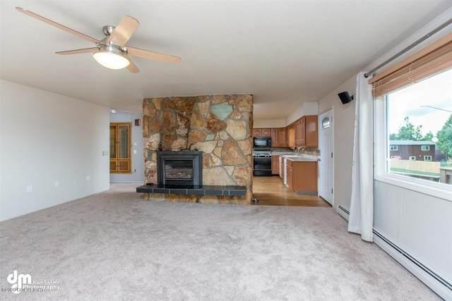 3320 E 72nd Avenue, Anchorage, AK 99507 (MLS #20-12824) :: RMG Real Estate Network | Keller Williams Realty Alaska Group