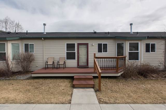 1411 W 26th Avenue #E2, Anchorage, AK 99503 (MLS #20-1317) :: RMG Real Estate Network | Keller Williams Realty Alaska Group