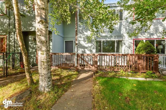 2918 Leighton Street, Anchorage, AK 99517 (MLS #20-13984) :: Wolf Real Estate Professionals