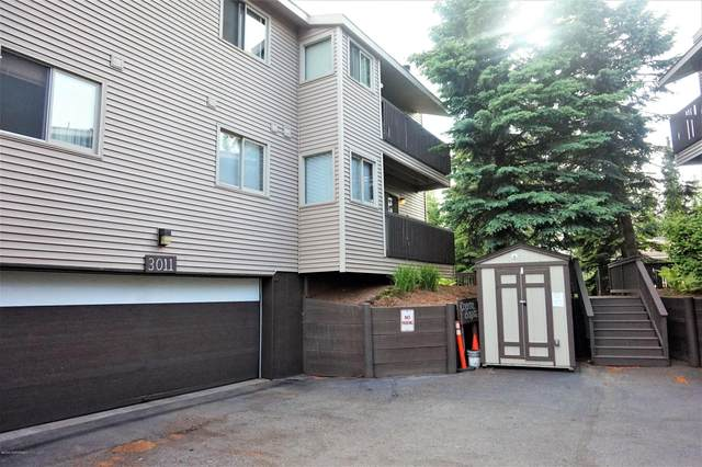 3011 E 42nd Avenue #201, Anchorage, AK 99508 (MLS #20-14128) :: Wolf Real Estate Professionals