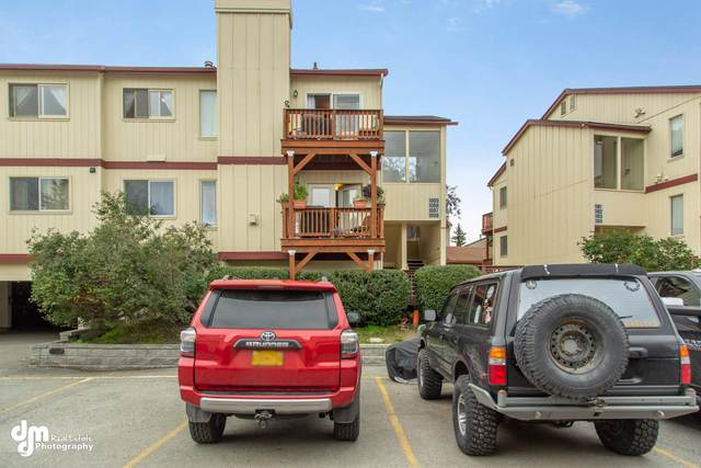 2420 Sentry Drive #1008, Anchorage, AK 99507 (MLS #20-14156) :: Wolf Real Estate Professionals