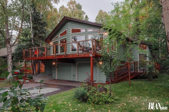 13111 Sues Way, Anchorage, AK 99516 (MLS #20-14398) :: Alaska Realty Experts