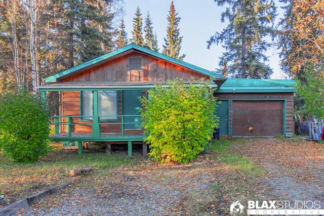 1710 Carr Avenue, Fairbanks, AK 99709 (MLS #20-15325) :: Wolf Real Estate Professionals