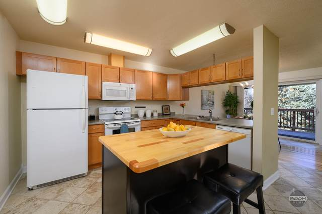 3919 E Turnagain Boulevard #16, Anchorage, AK 99517 (MLS #20-16066) :: Wolf Real Estate Professionals