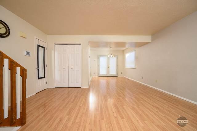 6171 Gross Drive, Anchorage, AK 99507 (MLS #20-16346) :: RMG Real Estate Network | Keller Williams Realty Alaska Group