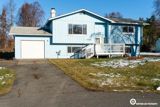 10845 Delta Circle, Eagle River, AK 99577 (MLS #20-16409) :: The Adrian Jaime Group | Keller Williams Realty Alaska