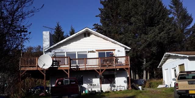 468 Rainbow Court, Homer, AK 99603 (MLS #20-16469) :: Synergy Home Team