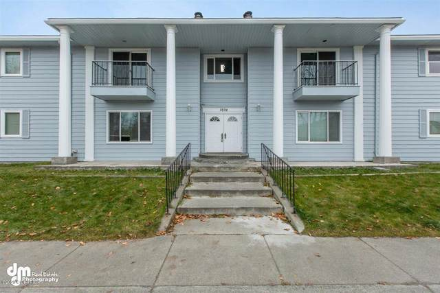1024 Hoyt Street, Anchorage, AK 99508 (MLS #20-16842) :: RMG Real Estate Network | Keller Williams Realty Alaska Group
