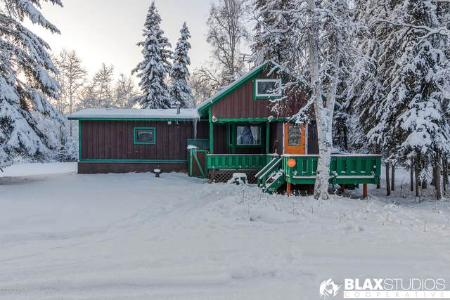 3881 Cresent Drive, North Pole, AK 99705 (MLS #20-17208) :: Wolf Real Estate Professionals