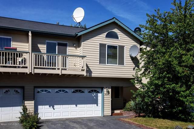 1621 Mountainman Loop, Anchorage, AK 99507 (MLS #20-17671) :: Team Dimmick