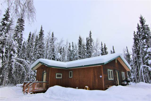 2075 Waxwing Court, North Pole, AK 99705 (MLS #20-2161) :: Wolf Real Estate Professionals