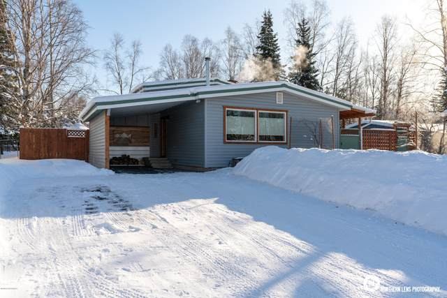 3513 Upland Drive, Anchorage, AK 99504 (MLS #20-2626) :: Synergy Home Team