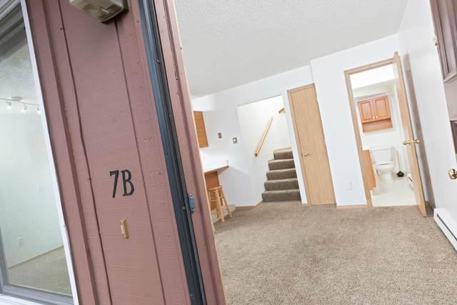 4511 Folker Street #07B, Anchorage, AK 99507 (MLS #20-2838) :: Wolf Real Estate Professionals