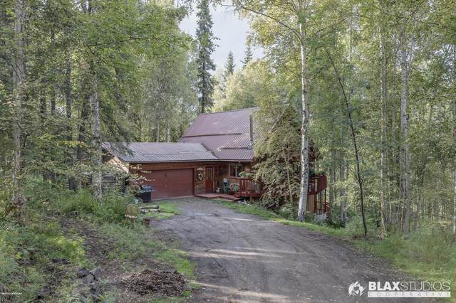 386 Crestmont Drive, Fairbanks, AK 99709 (MLS #20-3085) :: Wolf Real Estate Professionals