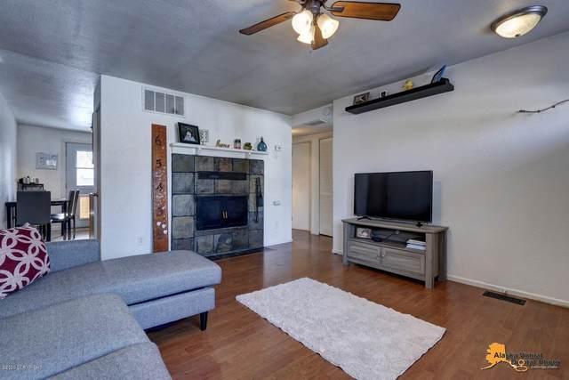 3630 E 65th Avenue, Anchorage, AK 99507 (MLS #20-3625) :: RMG Real Estate Network   Keller Williams Realty Alaska Group