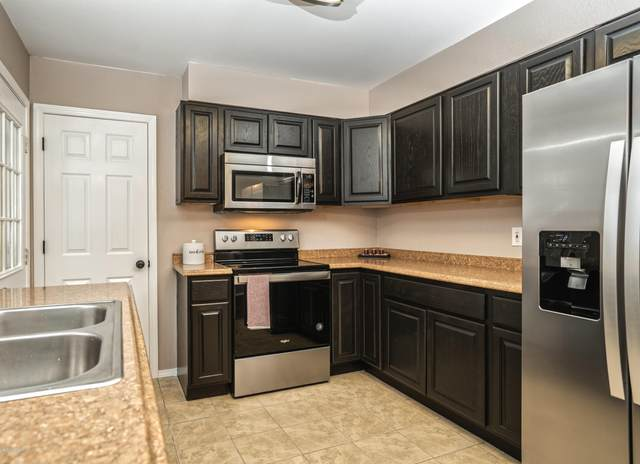 208 Bunn Street, Anchorage, AK 99508 (MLS #20-3713) :: Roy Briley Real Estate Group