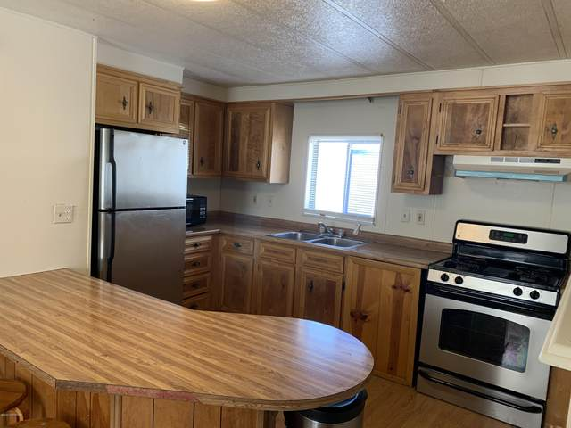 3240 Penland Parkway #361, Anchorage, AK 99508 (MLS #20-3911) :: Synergy Home Team