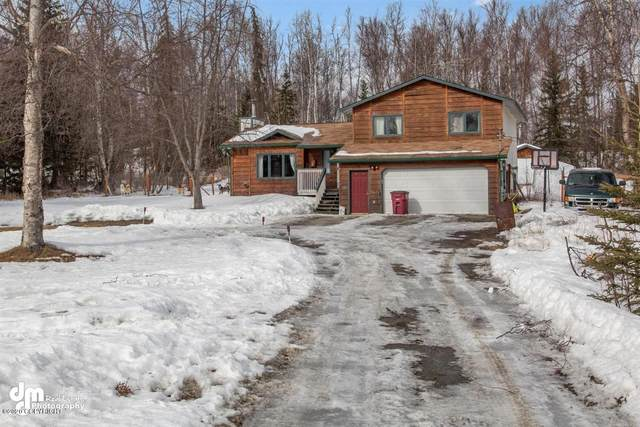 5001 W Clayton Street, Wasilla, AK 99654 (MLS #20-4398) :: Alaska Realty Experts
