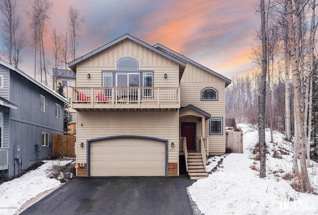 20585 Pine Crest Lane, Eagle River, AK 99577 (MLS #20-4419) :: Synergy Home Team