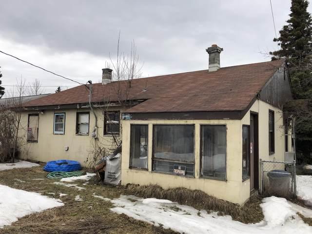 1201 Medfra Street, Anchorage, AK 99501 (MLS #20-5305) :: Wolf Real Estate Professionals