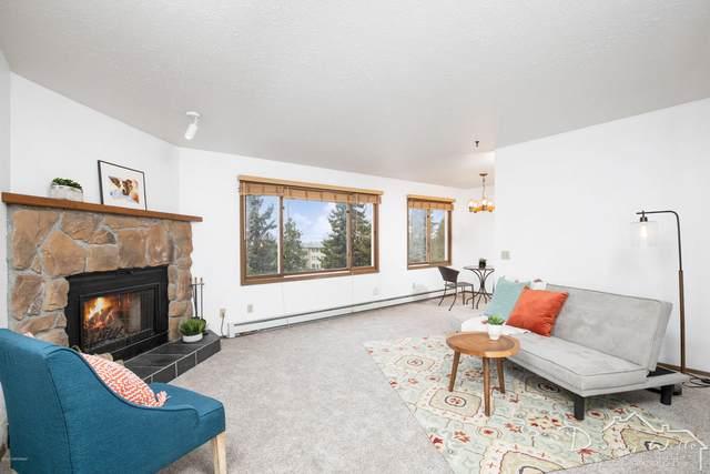 315 Krane Drive #6, Anchorage, AK 99504 (MLS #20-6861) :: RMG Real Estate Network | Keller Williams Realty Alaska Group