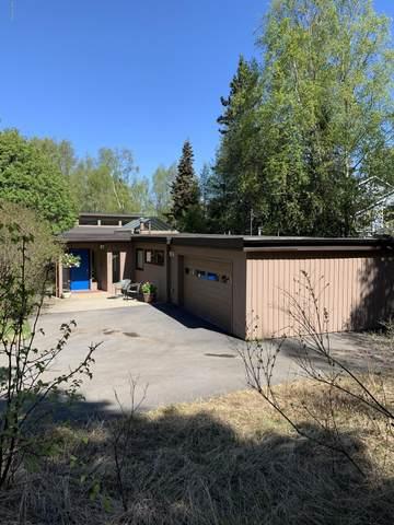 3829 Katmai Circle, Anchorage, AK 99517 (MLS #20-7170) :: The Adrian Jaime Group | Keller Williams Realty Alaska