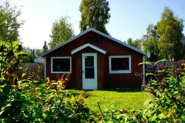 1526 Mary Ann Street, Fairbanks, AK 99701 (MLS #20-7797) :: Wolf Real Estate Professionals