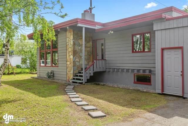 3001 Eureka Street, Anchorage, AK 99503 (MLS #20-7843) :: RMG Real Estate Network | Keller Williams Realty Alaska Group