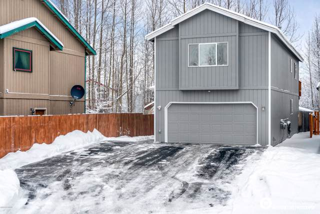 8611 Brookway Circle, Anchorage, AK 99504 (MLS #20-954) :: Team Dimmick