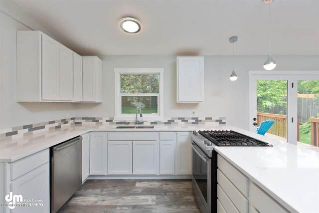 2480 Lyvona Lane, Anchorage, AK 99502 (MLS #20-9924) :: Wolf Real Estate Professionals