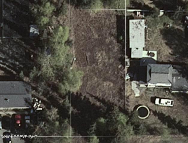 L2 E 42nd Avenue, Anchorage, AK 99508 (MLS #21-10083) :: Wolf Real Estate Professionals