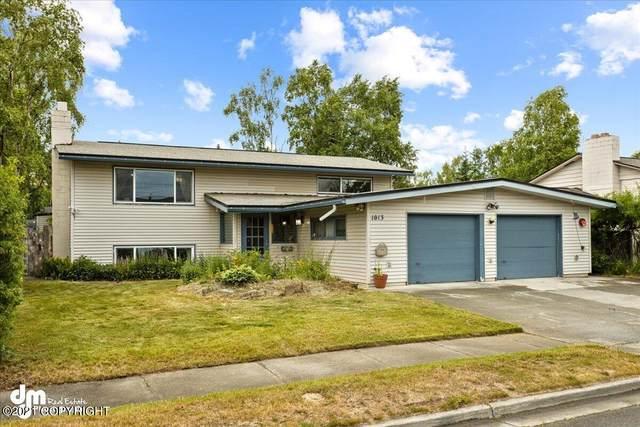 1013 E 28th Avenue, Anchorage, AK 99508 (MLS #21-10565) :: Team Dimmick