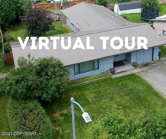 206 Davis Street, Anchorage, AK 99508 (MLS #21-10667) :: Daves Alaska Homes