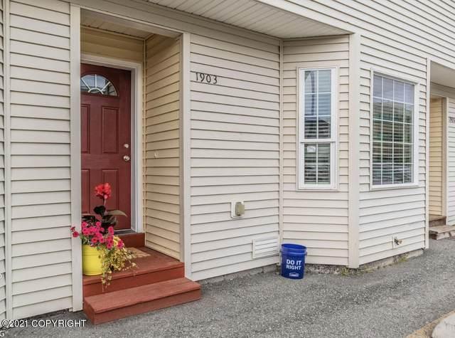 1903 Bragaw Square Place #2, Anchorage, AK 99508 (MLS #21-10888) :: Daves Alaska Homes