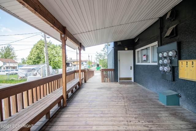 3925 E 9th Avenue, Anchorage, AK 99508 (MLS #21-11057) :: RMG Real Estate Network   Keller Williams Realty Alaska Group