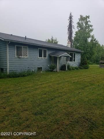 20320 Old Cranberry Drive, Chugiak, AK 99567 (MLS #21-11275) :: Daves Alaska Homes