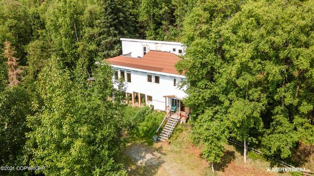 19031 Upper Mccrary Road, Eagle River, AK 99577 (MLS #21-11523) :: Wolf Real Estate Professionals