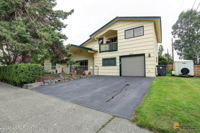 2607 E 20th Avenue, Anchorage, AK 99508 (MLS #21-11572) :: Powered By Lymburner Realty
