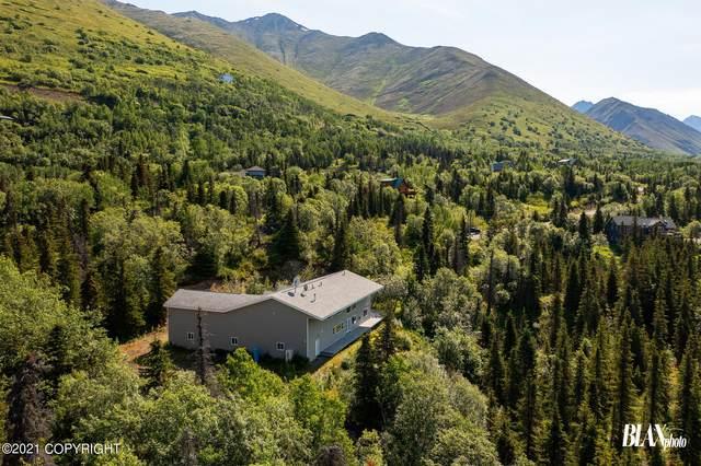 654 Harp Circle, Eagle River, AK 99577 (MLS #21-11655) :: Alaska Realty Experts