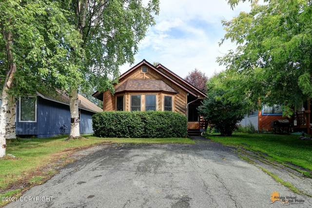 1641 Thuja Avenue, Anchorage, AK 99507 (MLS #21-11769) :: Alaska Realty Experts