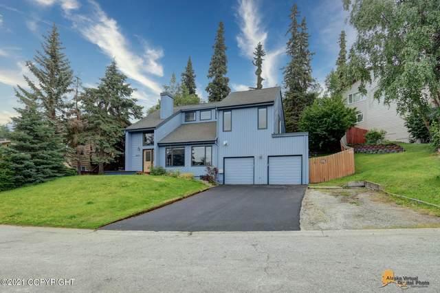 6671 Lawlor Circle, Anchorage, AK 99502 (MLS #21-12100) :: Team Dimmick