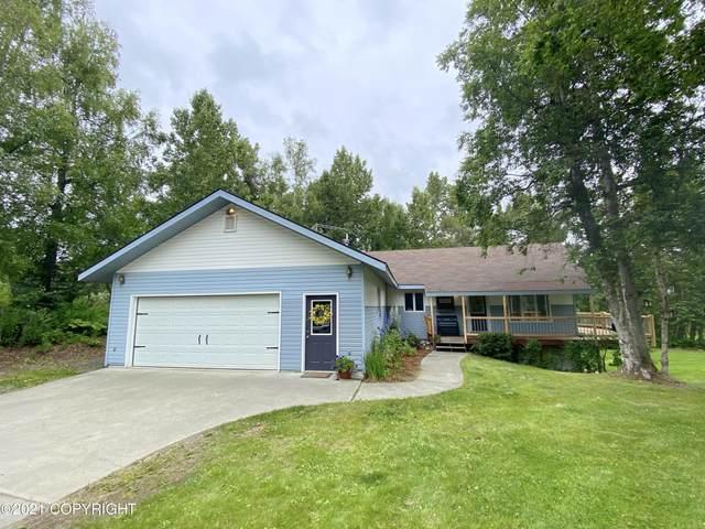 48956 Daniels Lake Drive, Nikiski/North Kenai, AK 99635 (MLS #21-12110) :: Team Dimmick
