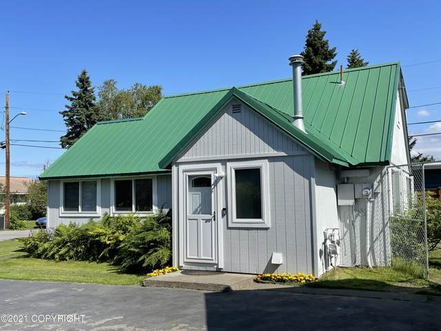 200 W 23rd Avenue, Anchorage, AK 99503 (MLS #21-12127) :: The Adrian Jaime Group | Real Broker LLC