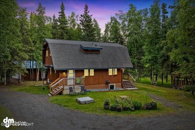 11841 Humble Court, Anchorage, AK 99515 (MLS #21-12179) :: Daves Alaska Homes